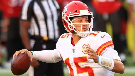 Patrick Mahomes is expected to participate in OTAs
