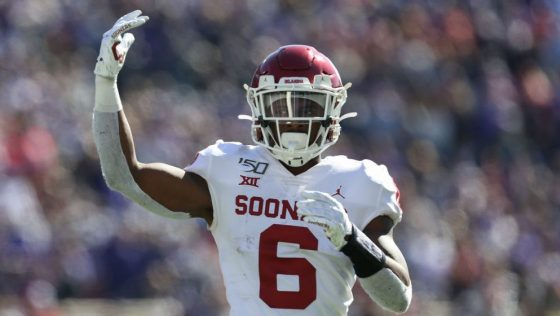 Seahawks sign fourth-round pick Tre Brown